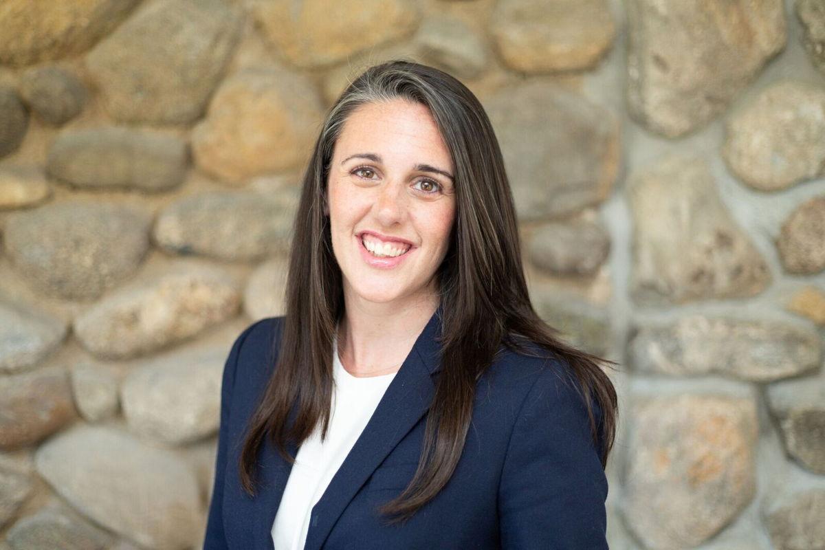 Kelly M  Stoll | Askin & Hooker, LLC